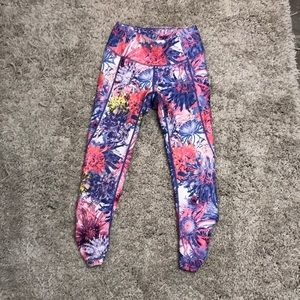 Calia by Carrie Underwood floral leggings
